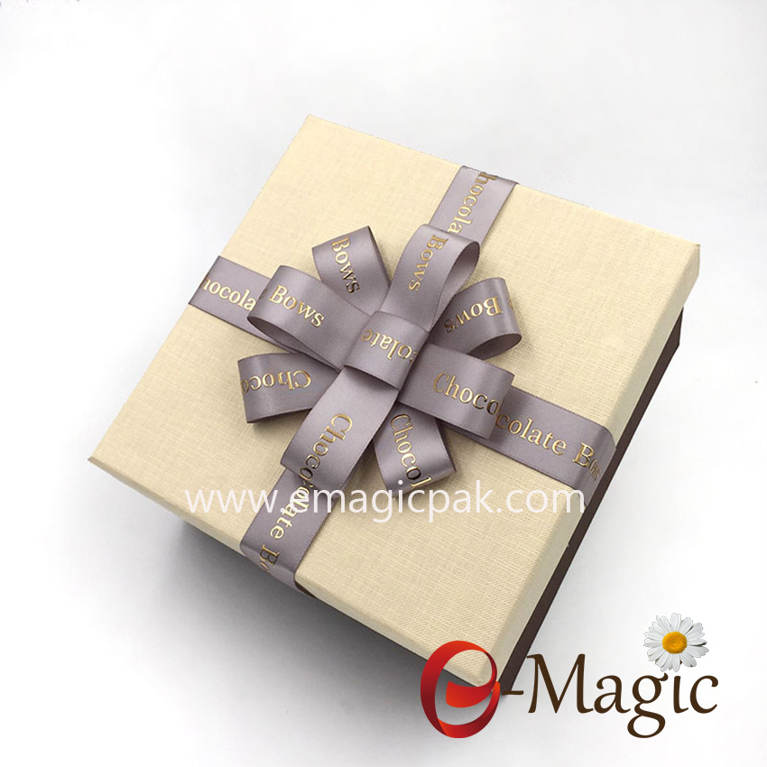 Packing Design-015  Solid color pre-made silver satin ribon bow for gift box packing