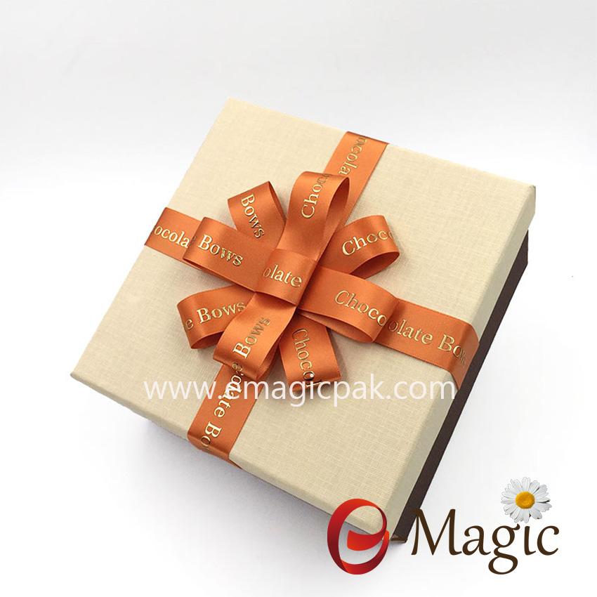 Packing Design-017    Pre-made logo printed satin ribbon chocolate bow